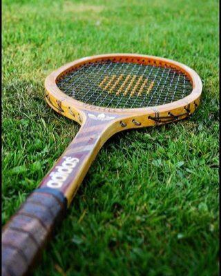 𝘏𝘦𝘭𝘭𝘰 𝘚𝘶𝘯𝘥𝘢𝘺 ☘️🌞 #sunday #sundayfunday #tennissunday #tennis #academy #tennisacademy #lesraquettestennisacademy #lesraquettes #skg #spring #tennistime #green #garden #tennisracket #sunnyday #skg #greece