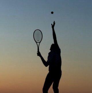 𝘐 𝘢𝘭𝘸𝘢𝘺𝘴 𝘩𝘢𝘥 𝘵𝘩𝘦 𝘥𝘳𝘦𝘢𝘮 ! 💭  #chaseyourdreams #tennis #feelit #liveit #loveit #tennislove #tennisinspiration #lesraquettes #lesraquettestennisacademy #tennisacademy #sportclub #tennisclub #thessaloniki #greece #skg #shadow