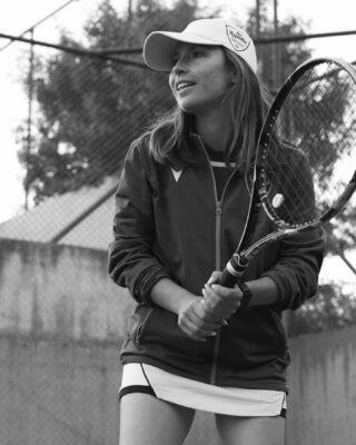 ⚪️ 𝘌𝘯𝘫𝘰𝘺 𝘵𝘩𝘦 𝘨𝘢𝘮𝘦 ! ⚫️ #lesraquettes #lesraquettestennisacademy #tennis #enjoy #enjoythegame #tennislife #tennislove #tennisplayer #tenniscoach #skg #greece #thessaloniki #thermi #joinus #positivevibes #tennisacademy #blackandwhite #blackandwhitephotography