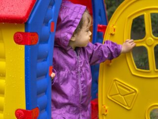 𝘗𝘭𝘢𝘺 𝘪𝘴 𝘵𝘩𝘦 𝘸𝘰𝘳𝘬 𝘰𝘧 𝘤𝘩𝘪𝘭𝘥𝘳𝘦𝘯 ! 👶 𝘒𝘪𝘥𝘴 𝘗𝘢𝘳𝘢𝘥𝘪𝘴𝘦 🎠 #playground #lesraquettesplayground #kids #boysandgirls #babies #nature #greennails #outdoor #outdoorplayground #joinus #play #havefun #kidsactivities #games #skg #thessaloniki #greece #thermi #lesraquettes #lesraquettestennisacademy #lesraquettestennisclub