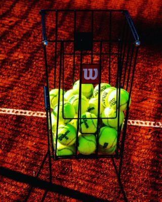𝘏𝘢𝘭𝘧 𝘦𝘮𝘱𝘵𝘺 𝘰𝘳 𝘩𝘢𝘭𝘧 𝘧𝘶𝘭𝘭 ? 🤔 #thinkpositive #tennis #halfempty #halffull #academy #tennisballs #tenniscourt #claycourt #lesraquettes #tennisacademy #skg #greece #lockdownlife #thessaloniki #tennisthessaloniki #sunnyday