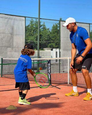𝘛𝘦𝘢𝘤𝘩𝘪𝘯𝘨 𝘪𝘴 𝘢 𝘞𝘰𝘳𝘬 𝘰𝘧 𝘏𝘦𝘢𝘳𝘵 ! 🤍 #tennis #training #teaching #coach #coaching #tennislife #tennislove #lovetennis #tennisplayer #tenniskids #tennisschool #skg #thessaloniki #greece #tennislessons #kids #workofheart