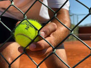 𝘔𝘰𝘯𝘥𝘢𝘺 𝘴𝘦𝘵𝘴 𝘵𝘩𝘦 𝘵𝘰𝘯𝘦 𝘧𝘰𝘳 𝘵𝘩𝘦 𝘸𝘦𝘦𝘬 ! ✨ #mondayvibes #starttheweekright #playtennis #tennislife #lesraquettes #lesraquettestennisacademy #skg #thessaloniki #thermi #tennisball #bepositive #beready