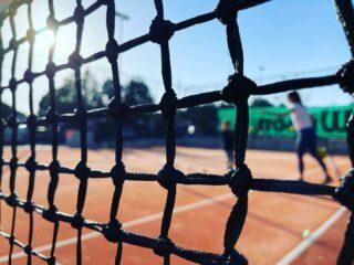 𝘚𝘢𝘵𝘶𝘳𝘥𝘢𝘺 - 𝘛𝘦𝘯𝘯𝘪𝘴𝘥𝘢𝘺 🤍 #saturdaytennis #academia #tennisacademy #lesraquettes #lesraquettestennisacademy #skg #greece #tennisskg #tenniskids #tenniscoach #sunnyday #saturday #saturdayvibes #saturdaymood #tennistraining #tennislife