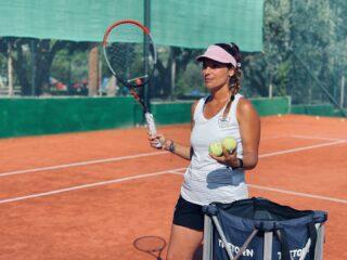 𝘖𝘶𝘳 𝘪𝘯𝘧𝘭𝘶𝘦𝘯𝘤𝘦𝘳𝘴 !  #ourcoach #tenniscoach #ourinfluencer #positivevibes #tennis #tennislife #tennisplayer #lesraquettes #lesraquettestennisacademy #lesraquettestennisclub #tennislessons #training #tennistraining #skg #greece #thessaloniki #thermi